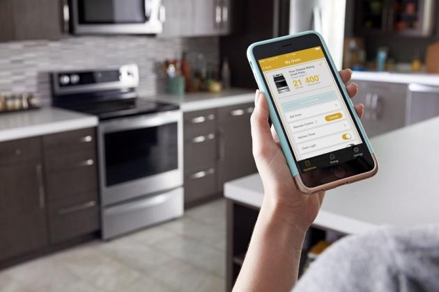 3 Smart Kitchen Appliances to Improve Remote Working